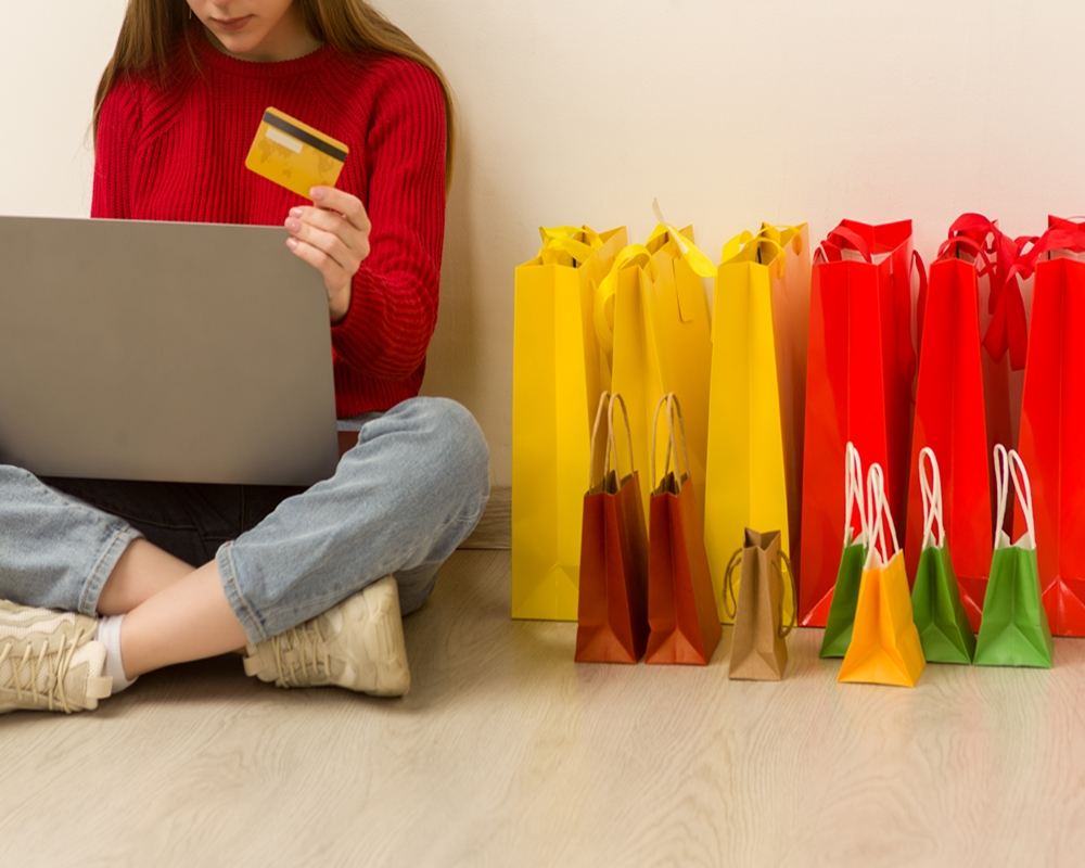 omni channel focus on the customer shopping experience